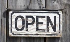 Winkel geopend van 09.00 tot 18.00 uur